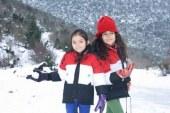 Lojëra të fëmijëve në dëborë, skena të jetës normale të fëmijëve në Siri (foto)