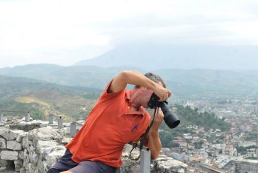 Roland Tasho: Nuk fotografoj me sy por me mendim…