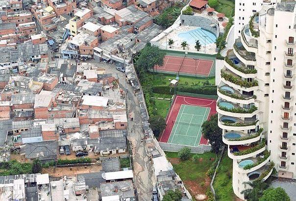 Brazil . Kufiri mes pasurisë dhe varfërisë.