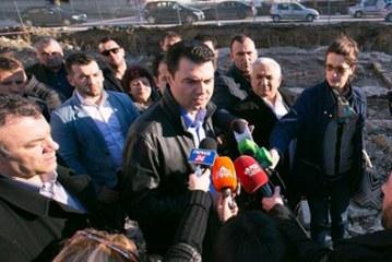 Reliket osmane të zbuluara në Durrës, Basha akuzon Dakon për krim arkeologjik