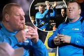 Çfarë u bë me portierin që u kap duke ngrënë byrek gjatë ndeshjes?