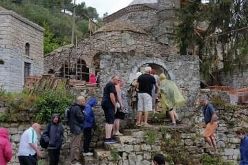 Rilindja e Gjin Aleksit: Auron Tare fut në paketat turistike xhaminë e famshme të Delvinës, KMSH po e kthen në identitet