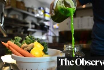 """Ekspertët: Dieta """"detoks"""" është absurde, trupi bën detoksin vet!"""