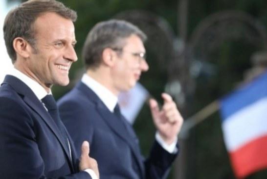"""Kosova: ja si synon Macron të marrë rolin e """"Mama Merkel""""-it për zgjidhjet"""