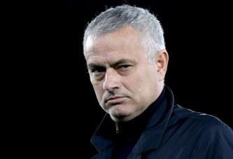 """Edhe pse nuk e preferon, ja se ç'ekip mund të marrë  """"i papuni"""" Jose Mourinho"""