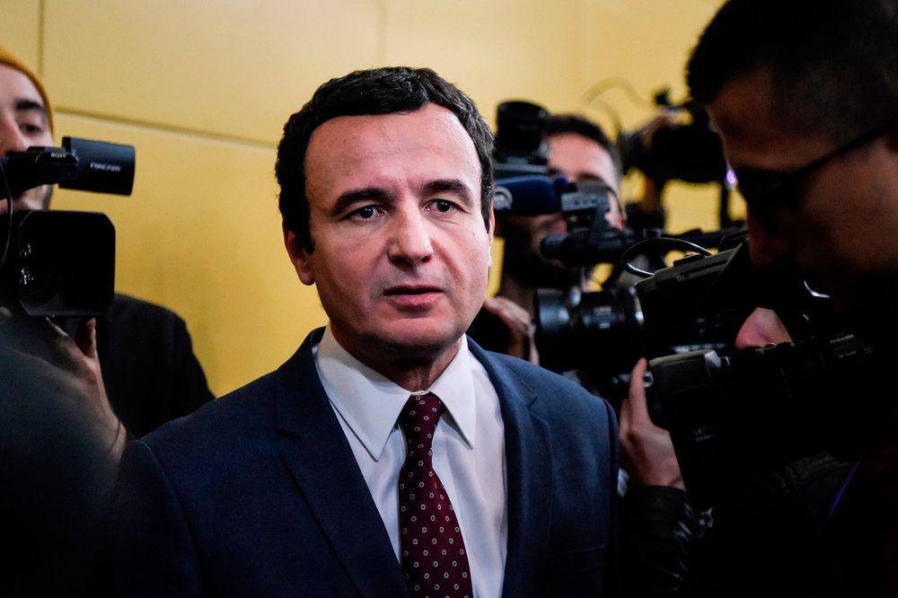 PORTRET  Bloomberg për Albin Kurtin  bëri burg e u zhdëp nga serbët  ja ç përfaqëson kryeministri në pritje i Kosovës