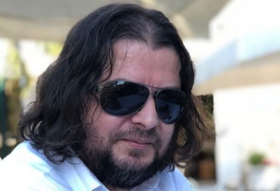 Bujar M. HOXHA: Provokatorët dhe cipëplasurit nuk i ndal as tërmeti