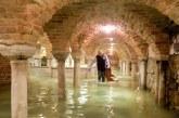 """Pamje nga """"kiameti"""" në Venecia: i gjithë qyteti nën ujë"""