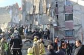 Jetët e shuara nën gërmadhat e tërmetit, PD me akuzë konkrete: gjysmat, shkak qeveria