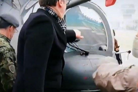 """""""Karroca e djallit"""": Vuçiç tregoi se si testohet cilësia e helikopterit në Ballkan (video)"""