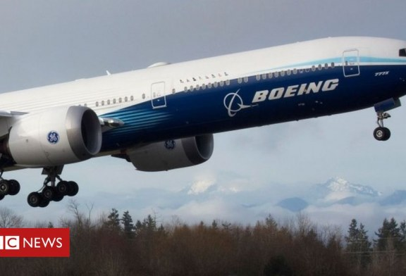Video: Boeing teston bishën me dy motorë