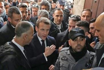 Incidenti: Macron dëbon policët izraelitë nga kisha e Jeruzalemit (video)