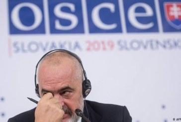 KOINÇIDENCA/ Rasti shqiptar: të marrësh kryesimin e OSBE-së kur je vetë në krizë