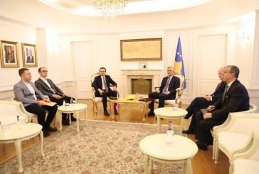 Kurti takohet me Thaçin: ja ç'më tha presidenti