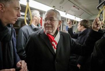 Presidenti austriak: si gjithë të tjerët!