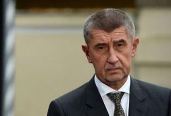 """Kryeministri çek bën """"Edi Ramën"""" me Francën: gati t'i marrë pacientë për trajtim"""