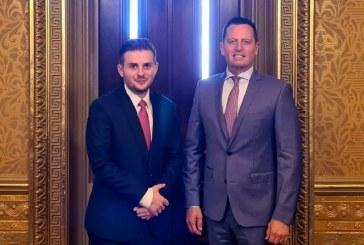 Cakaj del garant për Grenellin: qëllimmirë për Kosovën, pa ndarje!