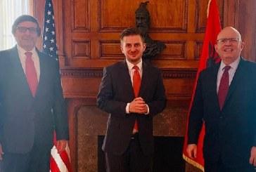 """Kosovari në krye të diplomacisë shqiptare: tjetër takim """"pikant"""" në Uashington, tjetër mesazh"""