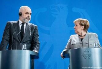 """Rama shpall ambicien """"Merkel"""": në qeverisje, deri në 2030-ën"""