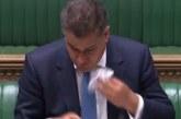 Vuatjet faqe publikut të politikanit britanik: hundë, djersë dhe…negativ! (video)