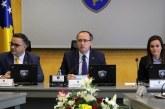 Hoti heq reprocitetin: gëzohet Thaçi, Vjosa Osmani e kundërshton me gjuhën e Albin Kurtit