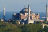 """REAGIMET/ Rusia """"ok"""" për Haghia Sophia-n, Greqia jo, Turqia i kujton Spanjës: si i ktheve xhamitë në kisha!"""
